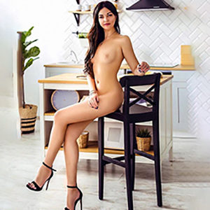 Carmen escort through masseuse escort agency Oberhausen for relax massage with French contraception sex make an appointment