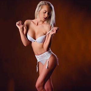 Ajana - Firm Breasts Frankfurt Erotic Reports Kisses With Sympathy