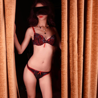 Alina 2 - Sextreffen Mageres Teengirl intime Massage-Techniken