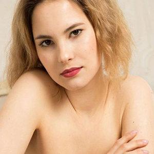 Anneli - VIP Dame Oranienburg Aus Lettland Ayurveda Massage Liebt Intime Rollenspiele