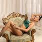 Barbara Stern - Escort Ladie in Bochum zierlich lange Beine zum Hotel bestellen