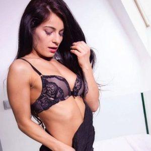 Iren - VIP & High Class Berlin 24 Years Of Erotic Sex Massages Facesitting