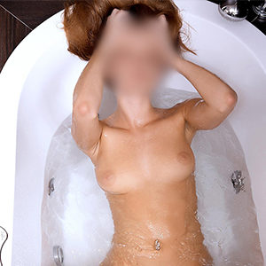 Carla - Hookers from Berlin bewitched with the Soapy Massage in the Hotel bathroom