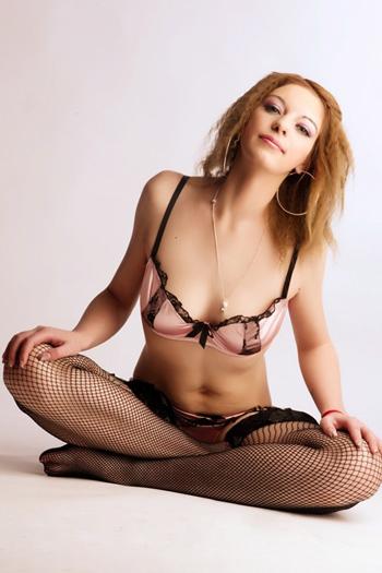 Ciara - Lokale Steigerung der Sex Lust durch Massage