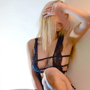 Felicia - Elite Escort Berlin 75 C Lymphdrainage Zungenküsse