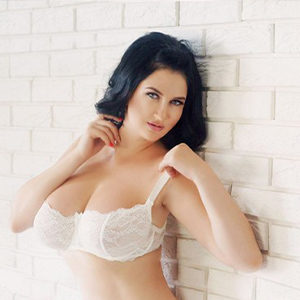 Idyllia - Models from Potsdam seduce you with an Oil Massage for intimate Hours