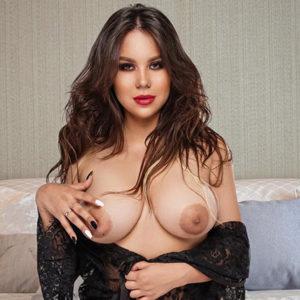 Jennifer Hot - Callgirls Berlin 21 Jahre Erotische Sex Massagen Zungenküsse