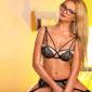 Jolie - Privatmodelle Frankfurt Spricht Englisch Erotische Sex Massagen Domina