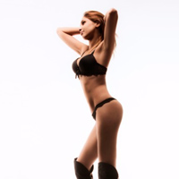 Katy - Blind Date Massage mit zierlichen Escort Models Berlin