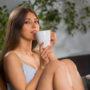 Kristy - Junge Frau aus Frankfurt übt die besten Stellungen bei Tantra Massage aus