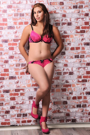 Lorie - Escort Hooker Berlin Is About To Meet Massage With Sexual Intentions