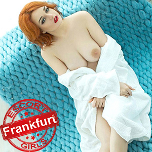 Maxima - Escort Model In Frankfurt With Big Tits Massages You In The Hotel