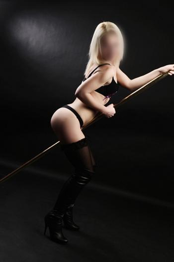 Mimi - Beweist die Wirksamkeit von Sex Massage Streichen pressen kneten