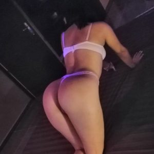 Raphaela - Top Models Frankfurt 23 Years Erotic Sex Massage Foot Erotic