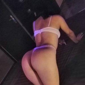 Raphaela - Top Modelle Frankfurt 23 Jahre Erotische Sex Massagen Fusserotik