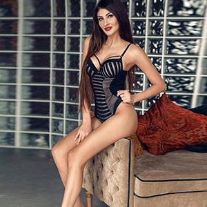 Velvet 2 - Privat Escortmodelle Frankfurt bringen dich zum Höhepunkt