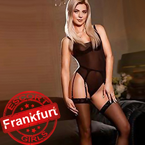 Vivienne - Private Model Spoils With Sex Couple Massage In Frankfurt